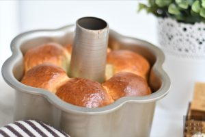 Easy Soft & Fluffy Japanese Milk Bread using Water Roux Starter (Yudane Method) 5