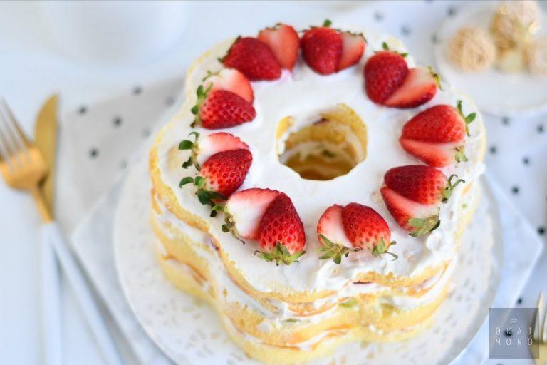 Naked Flower Fruit Cake